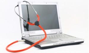 En PC og et stetoskop