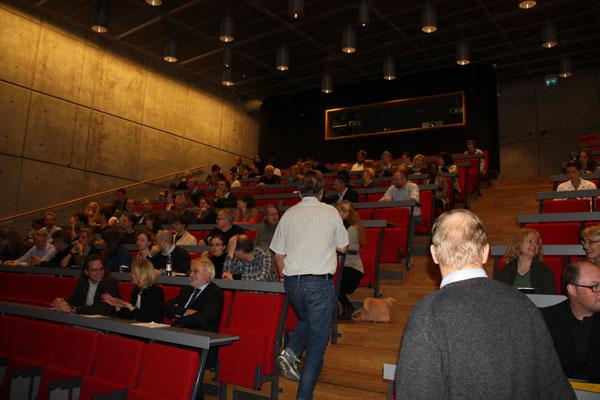 Mange ville få med seg det spennende seminaret ifm åpningen av CEMIR.