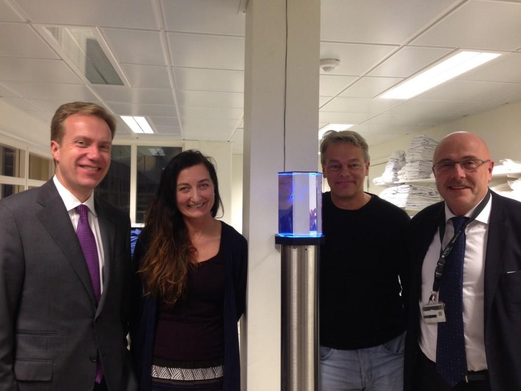 Fra venstre: Utenriksminister Børge Brende, professor May Britt Moser, professor Edvard Moser og dekanus Stig Slørdahl.