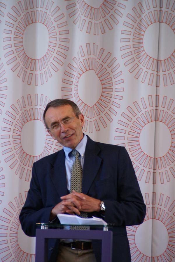 Ole Gjems-Onstad, professor i skatterett på BI, nestleder i Acem International.